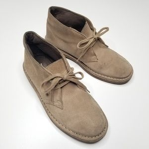 Clarks Shoes - Clark's Tan Chukka Boots Lace Up Ankle Women's 7.5